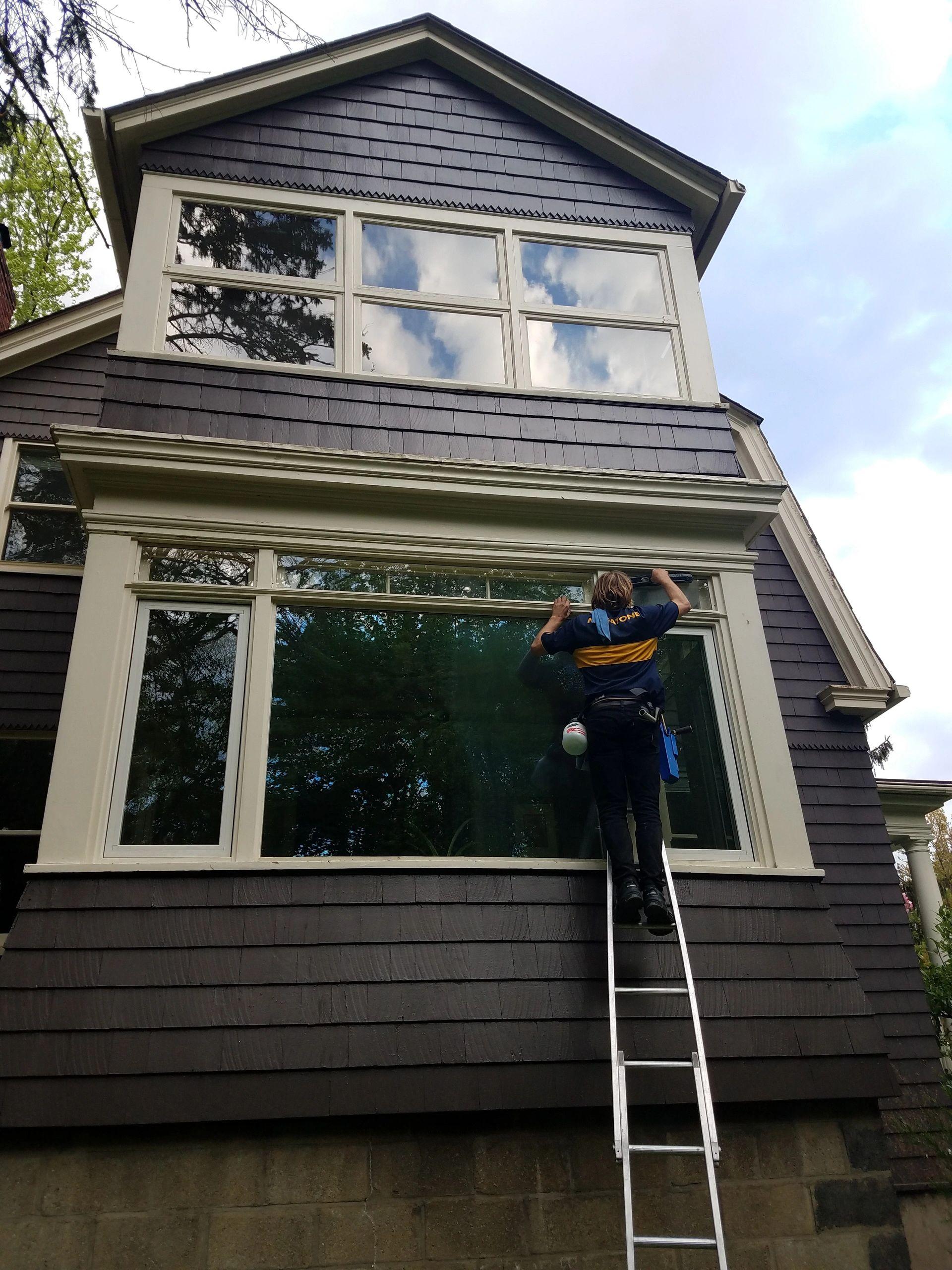 Professional Window Washing Service